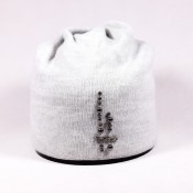 Hat without bom-bom